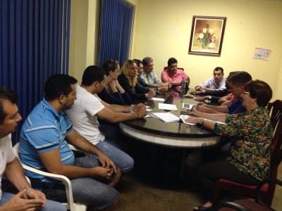 Reunião para implantação do CAE em Juína